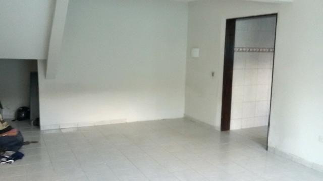 1035 - Casa Duplex - 06 Quartos - 02 Suítes - Terraço - Varanda - Loc. em Cajueiro Seco - Foto 6