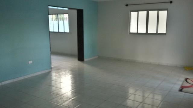 1035 - Casa Duplex - 06 Quartos - 02 Suítes - Terraço - Varanda - Loc. em Cajueiro Seco - Foto 5