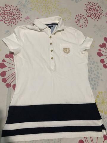 Vendo 2 Camisas Gola Polo Femininas Tommy Hilfiger - Roupas e ... 0236da1962836