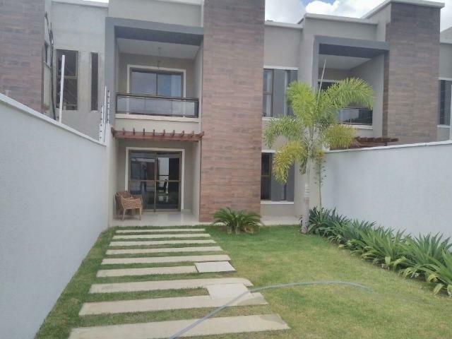 Casas em Eusébio, rua privativa, 4 SUÍTES