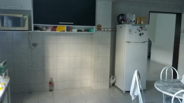 1035 - Casa Duplex - 06 Quartos - 02 Suítes - Terraço - Varanda - Loc. em Cajueiro Seco - Foto 9