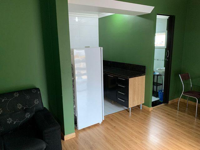 Apartamento de 1 dormitório e quitinetes mobiliadas e serviços - Foto 8