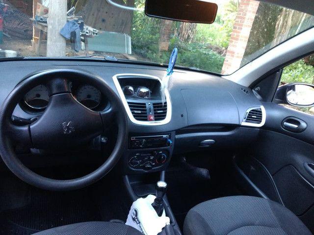 Vendo Peugeot 207 1.4 2012 - Foto 3
