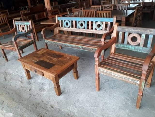 Fabricante de móveis em madeira de demolição e paletes - Foto 4
