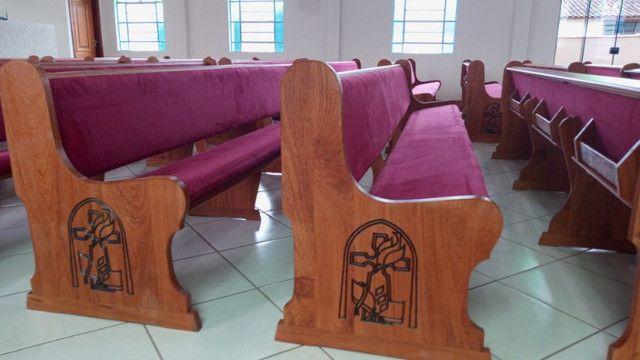 Bancos, Altares e tribunas - Todos os tipos de móveis para igrejas