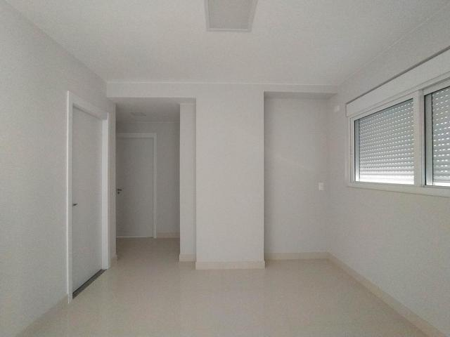 Locação   Apartamento com 81.26m², 2 dormitório(s), 2 vaga(s). Zona 01, Maringá - Foto 8