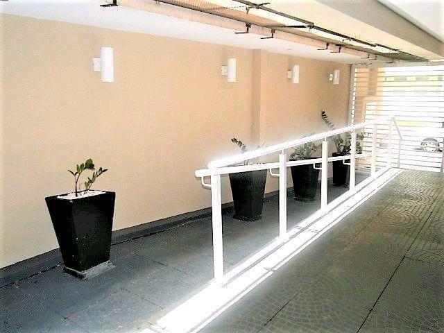 Locação   Apartamento com 21.38m², 1 dormitório(s), 1 vaga(s). Zona 07, Maringá - Foto 4