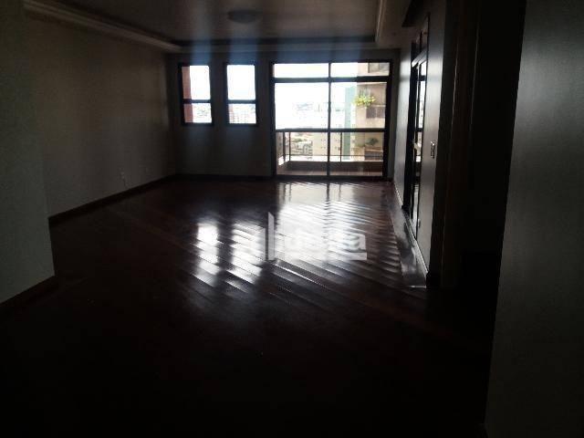Apartamento com 3 dormitórios para alugar, 200 m² por R$ 2.500,00 - Centro - Uberlândia/MG - Foto 11