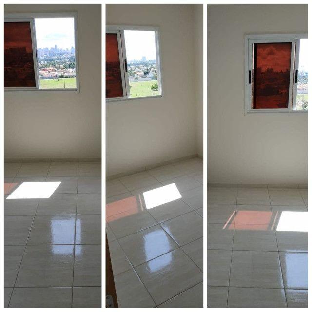 Apartamento com 3 quartos, sendo 1 suíte, 2 banheiros, à venda em Samambaia