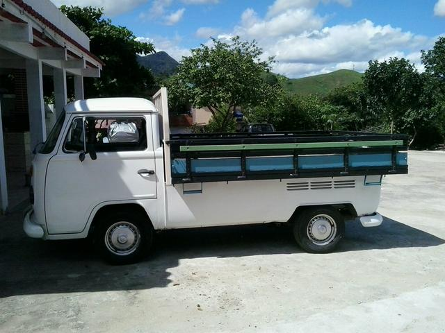 KOMBI PICK UP