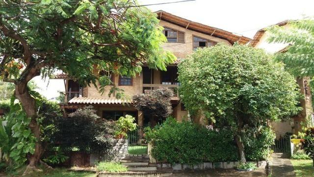 Casa em condomínio fechado com 4 suítes em Piatã