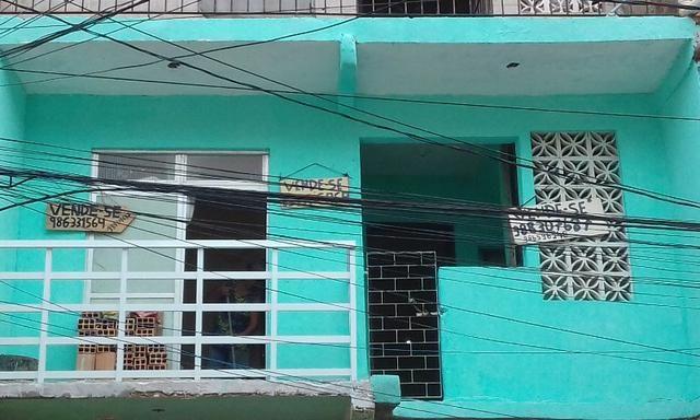 Casa massaranduba ,1 andar frente de rua. 50.000 mil. esta otima