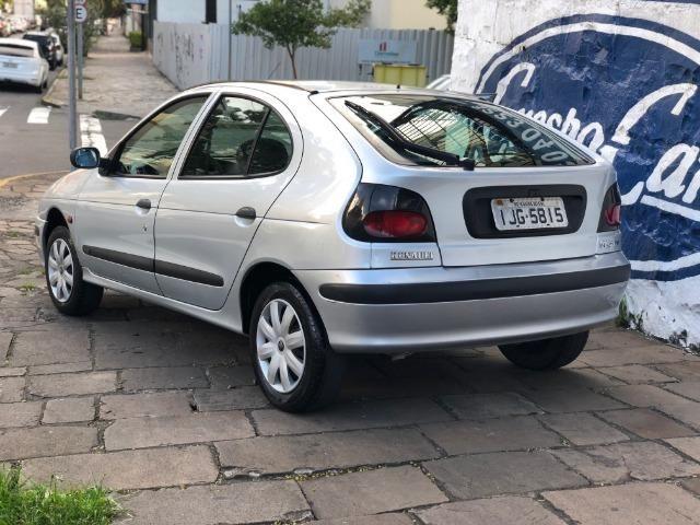 Renault Megane 1.6 8 Válvulas Direção Hidráulica 2000 - Foto 4