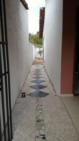 Vendo R$60. mil Casa em Salinas Próximo ao trevo da cidade - Foto 2
