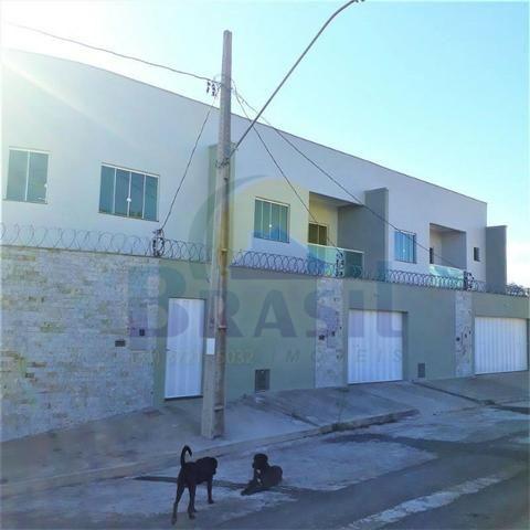Casa de 2 pavimentos, com 3 quartos, no Bairro Novo Horizonte - Foto 11