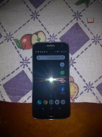 Moto G5 plus venda ou troca