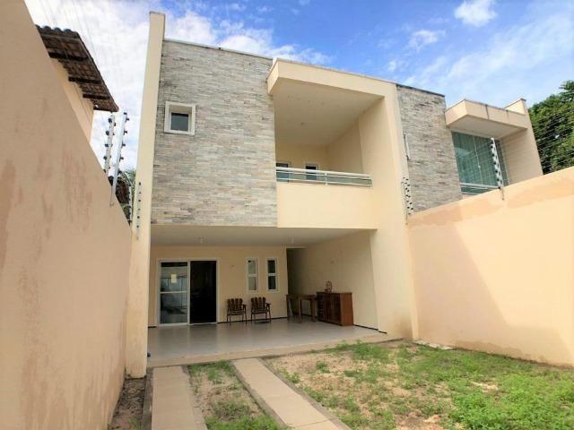 Casa no Edson Queiroz - 200m² - 3 Suítes - 3 Vagas (CA0855)