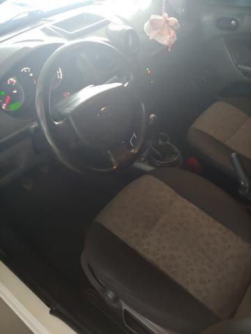 Fiesta sedan - Foto 3