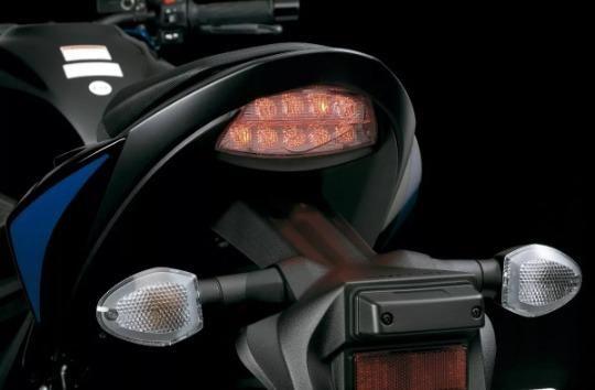 Yamaha Xj6 N - Suzuki - Gsx-s 750a - Foto 5