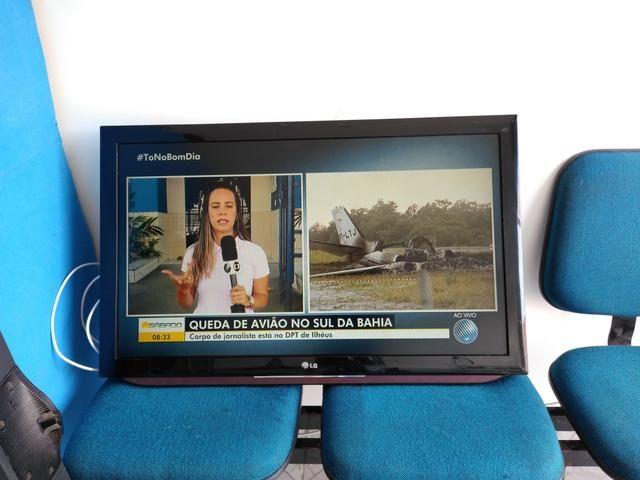 Tv lg 42 polegadas não é smart - Foto 2