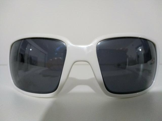b3932c5efd4ad Óculos de sol Oakley original - Bijouterias, relógios e acessórios ...