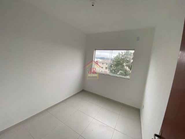 Bela Cobertura com três dormitórios sendo uma suíte, banheiro social - Foto 10