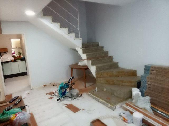 Faço colocação de piso laminado, vinílico, rodapés R$15,00 - Foto 2