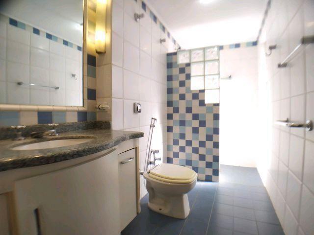 Locação   Apartamento com 204.23m², 3 dormitório(s), 1 vaga(s). Zona 01, Maringá - Foto 18