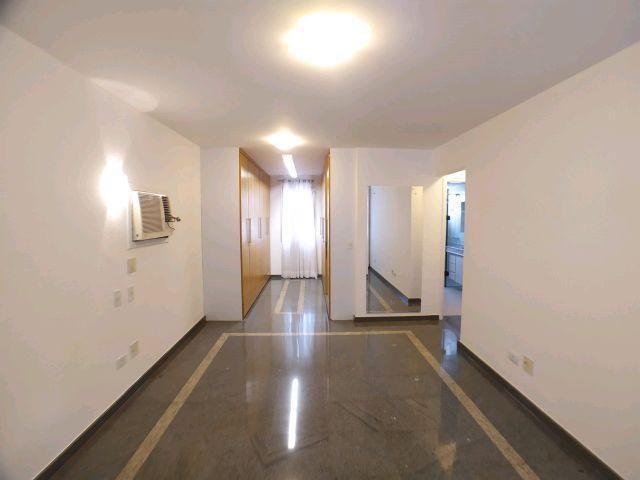Locação   Apartamento com 204.23m², 3 dormitório(s), 1 vaga(s). Zona 01, Maringá - Foto 9