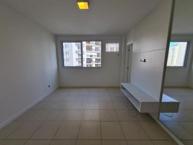 Apartamento para Venda em Rio de Janeiro, Jacarepaguá, 3 dormitórios, 3 suítes, 4 banheiro - Foto 8