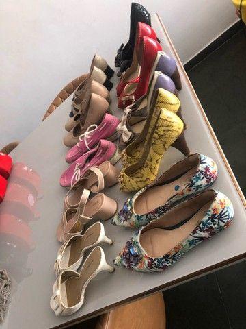 Sapatos femininos 39