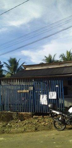 Vendo ou troco casa no bairro vitória