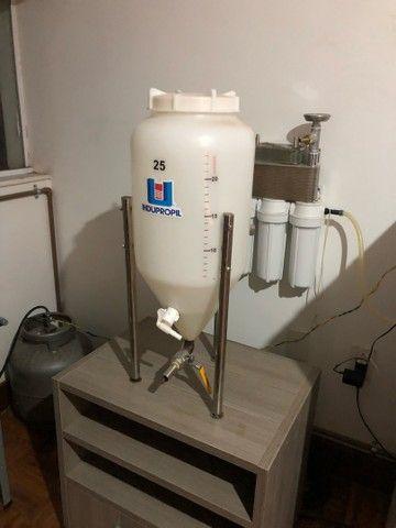 Troco ou vendo Fermentador cônico 25 litros cerveja artesanal.