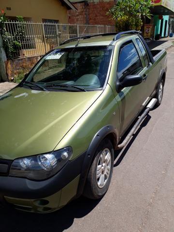 Fiat Strada 1.8 adventure