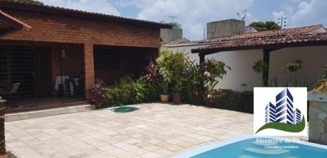 Casa com 3 quartos, 360 m² em pau amarelo, próximo a praia, toda reformada e com piscina - Foto 17