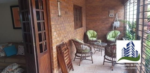 Casa com 3 quartos, 360 m² em pau amarelo, próximo a praia, toda reformada e com piscina - Foto 4