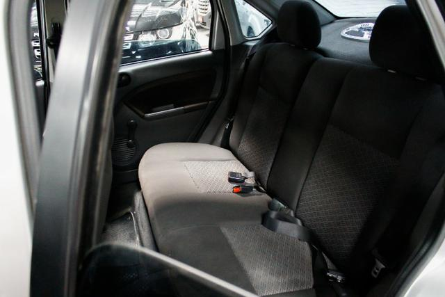 Ford Fiesta 1.0 Manual - Foto 6