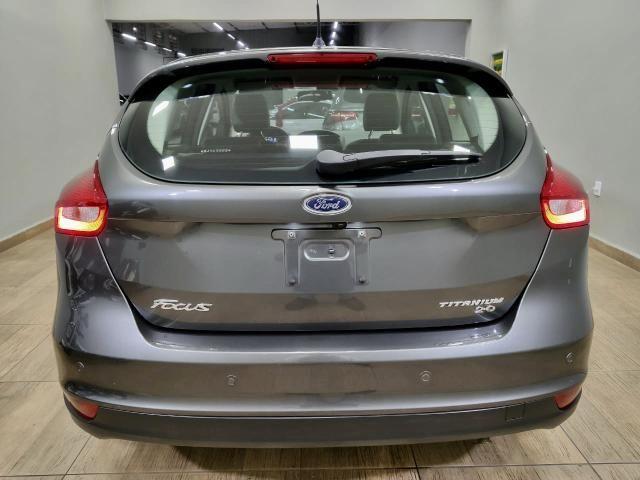 Focus titanium hatch 2016 c/44.000km automático. léo careta veículos - Foto 7