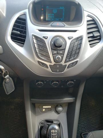Vendo Ford Ka Hatch 1.5 SEL - Foto 4