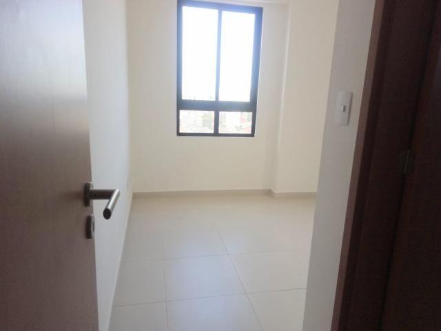 Apartamento no Bairro da Torre 2 Quartos com área de lazer - Foto 13