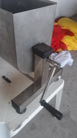 Misturadora de Carne ( ideal para linguiças e hamburguer) - Foto 3