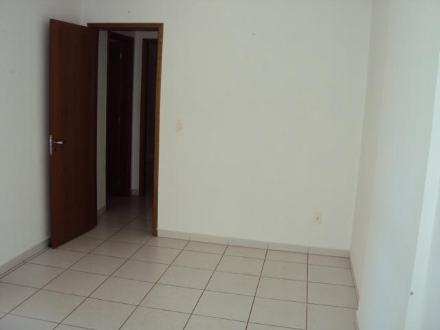 Apart 2 qts q suite armarios e lazer completo otima localização - Foto 7