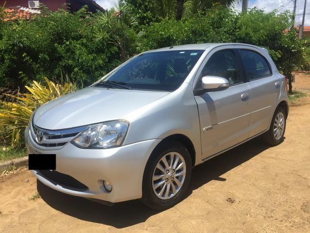 Toyota Etios XLS 1.5 banco de couro
