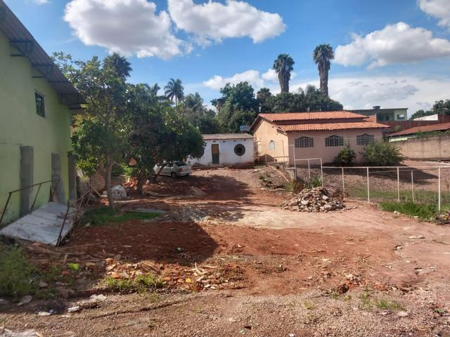 Arniqueiras QD 05 Casa simples com 800m podendo dividir só 199mil Ac carro - Foto 4