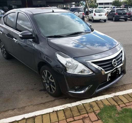 Nissan Versa SL Automático CVT 2016/2017 - Foto 2