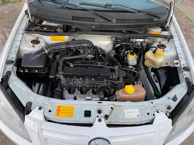 Celta 2011 motor 1.0 completo - direção carro extra dos extras!! - Foto 17