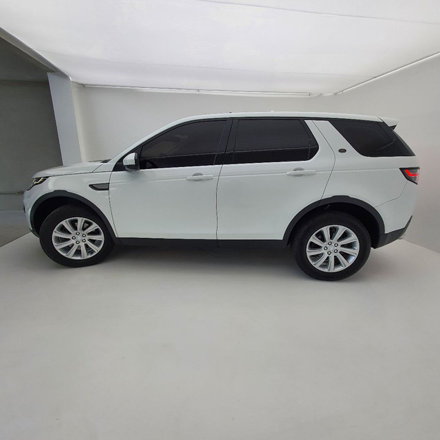 Land Rover Discovery Sport SE - Diesel 2017 - 5 lugares - Foto 4