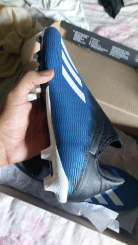 Vendo Chuteira Adidas Original Nova - Foto 2