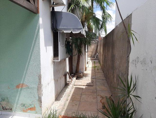 Aluga-se casa no alto com 3/4 com piscina - Foto 11