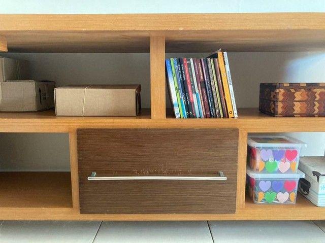 Escrivaninha de madeira (Para trabalho e/ou estudos)  - Foto 5